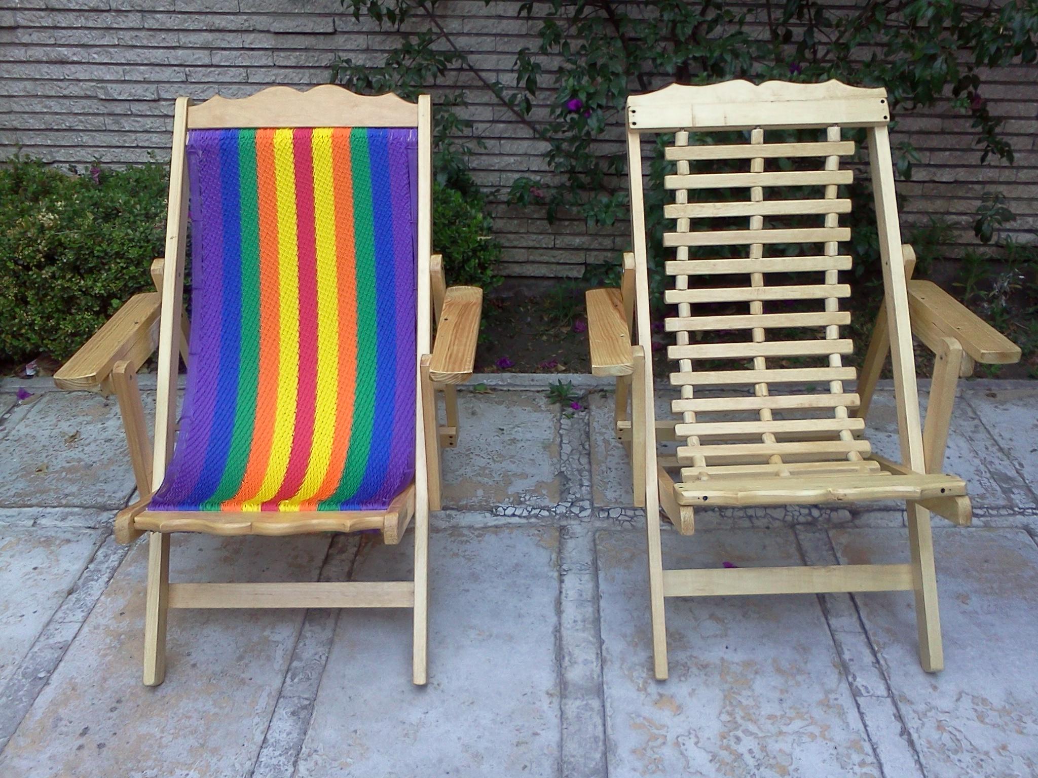 Venta de sillas mecedoras y mesitas mujeres y la sexta for Sillas madera