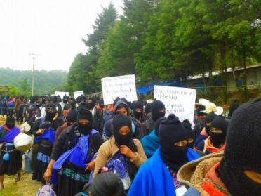 marcha del EZLN el 26 de septiembre 2015